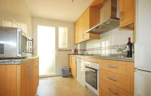 RD881_kitchen_01