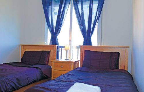 ean714 bed 03
