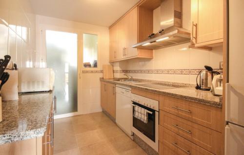 eas136 kitchen 01