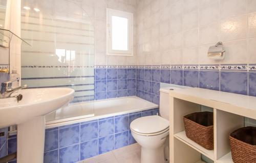 eas437 bath 03