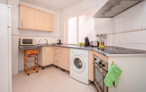 eas437 kitchen 01