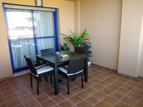 lounge terrace 2
